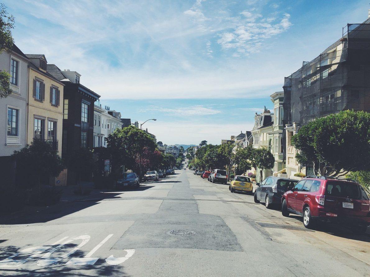 street-926389_1920
