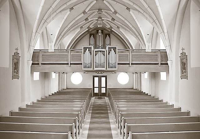 Kirche-188087_640