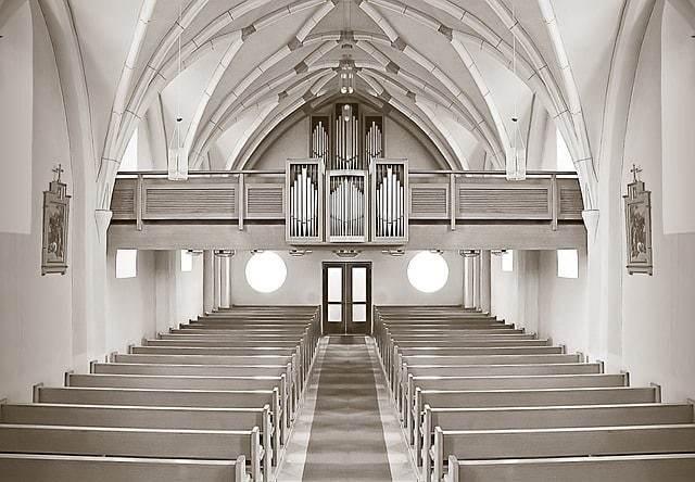church-188087_640