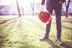 man-with-roses-waiting-for-his-lady-picjumbo-com